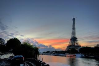 Nederland-krijgt-levensgrote-kopie van-de-Eiffeltoren