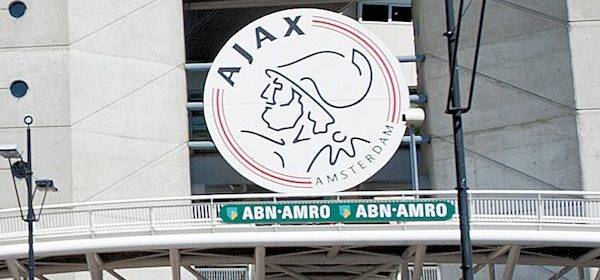 arena-amsterdam-ajax-stadion-bord