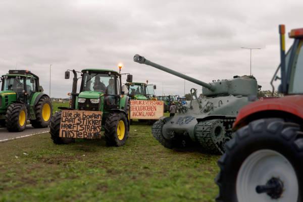 Farmers Defence Force wil eigen omroep