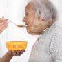 Bejaardenpap moet ouderenzorg betaalbaar houden