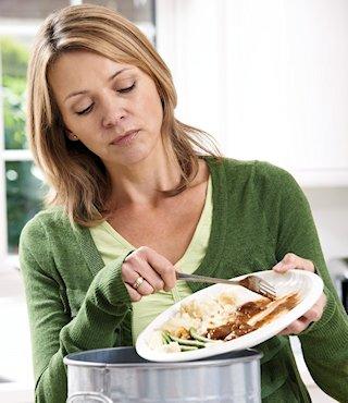 marcia-bewaart-haar-kliekjes-voor-de-voedselbank3