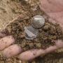 Zeldzame munten uit 20e eeuw gevonden