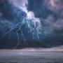 Snoeiharde onweersbuien verdrijven hittegolf