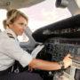 "Fleur (25) is piloot: ""Ik doe maar wat joh"""