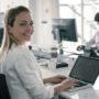 BIZAR: Vrouw werkt VEERTIG uur per week