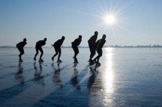schaatsen-schaatser-elfstedentocht-natuurijs-ijsbaan-320x213.jpg