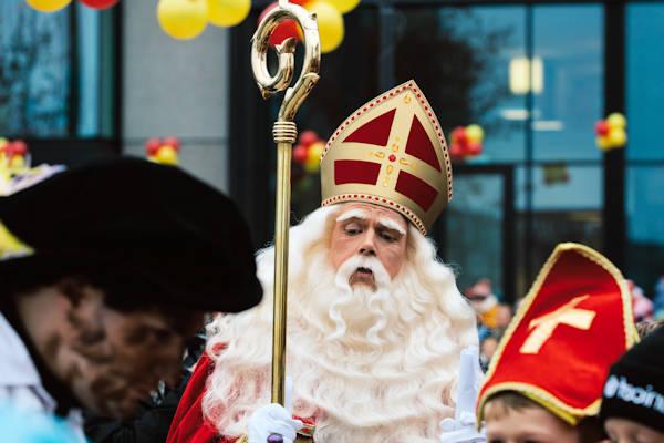 Sinterklaas Stapt Op Na Discussie Over Zwarte Piet