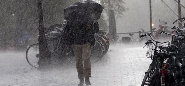 storm-regen-noodweer-wind