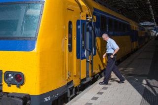 trein-conducteur-spoorwegen-ns
