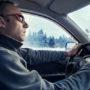 Automobilist overleeft winterse bui