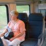 Vrouw laat hele trein naar parfum ruiken